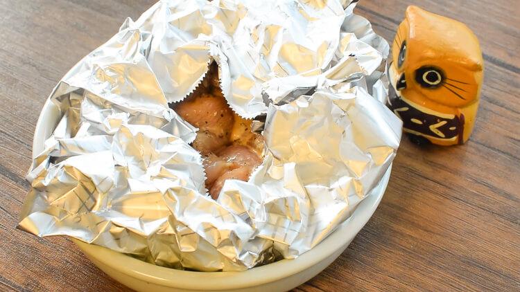オーブンお願い!黒胡椒ソースの甘ピリマヨ蜂蜜チキン(糖質8.6g)