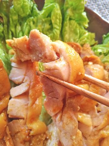 エキスの洪水!鶏もも塩麹カレーの絶品低温ゆで鶏(糖質2.6g)