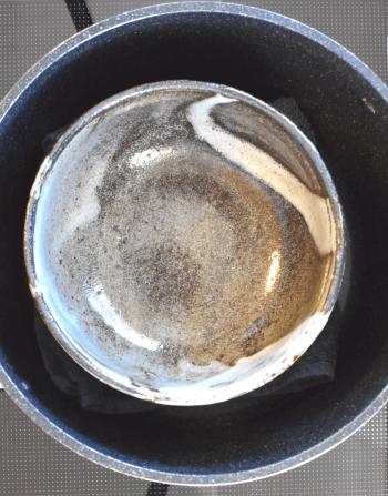 エキスも激旨!お鍋で蒸し倒すホロホロ酒塩蒸し鶏(糖質2.3g)