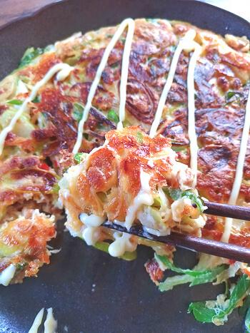 脳内水戸天国!コク出汁納豆チーズの絶品丸ごと葱お焼き(糖質8.3g)