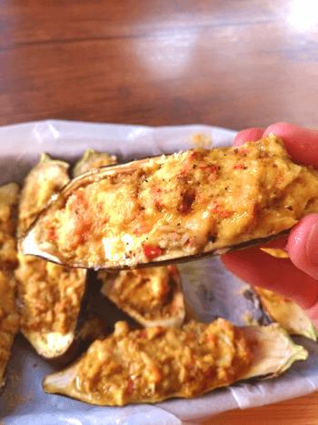 丸ごとご馳走!簡単旨いタルタルカニカマ茄子ボート焼き(糖質7.2g)