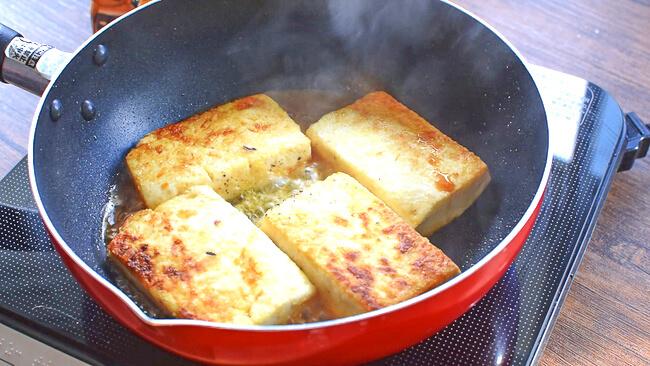 爆安最高!夢中の白だしバターガーリック豆腐ステーキ(糖質9.3g)