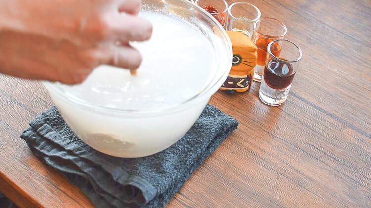 しっとり劇的!柔らか満喫の絶品鶏肉大蒜ユッケ(糖質3.1g)
