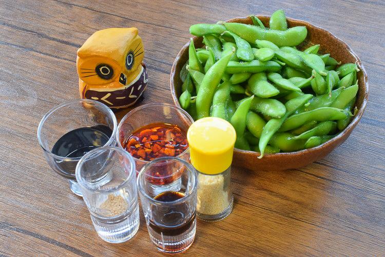 旨さ格上げ!超美味なる爆速3分の焦がし柔らか黒枝豆(糖質10.6g)
